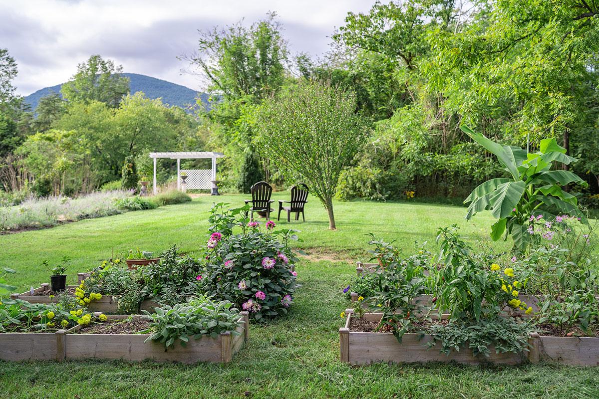 Inn Garden